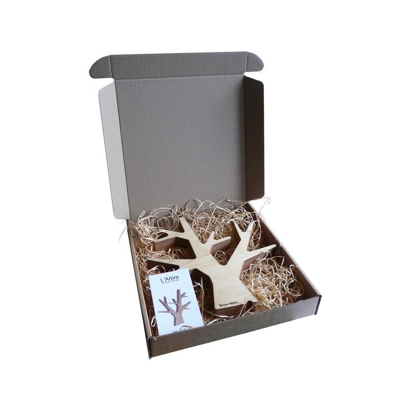 dessous de plat arbre en bois cr e par reine m re. Black Bedroom Furniture Sets. Home Design Ideas