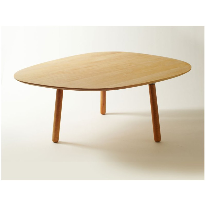 Table basse 3 pieds en bois massif par reine m re - Grande table basse de salon ...