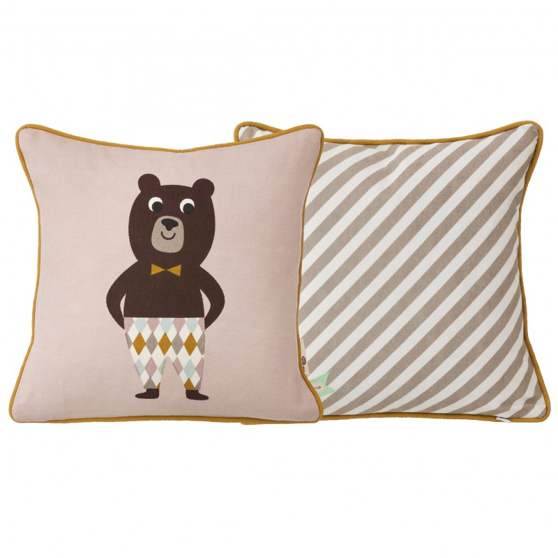 coussin pour enfants en coton sign ingela p arrhenius. Black Bedroom Furniture Sets. Home Design Ideas