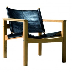 Peglev black leather armchair