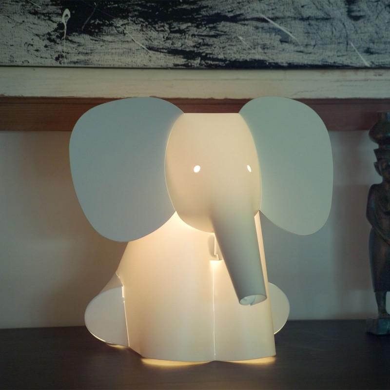 lampe pour enfant animaux lampe chat pingouin ou l phant. Black Bedroom Furniture Sets. Home Design Ideas