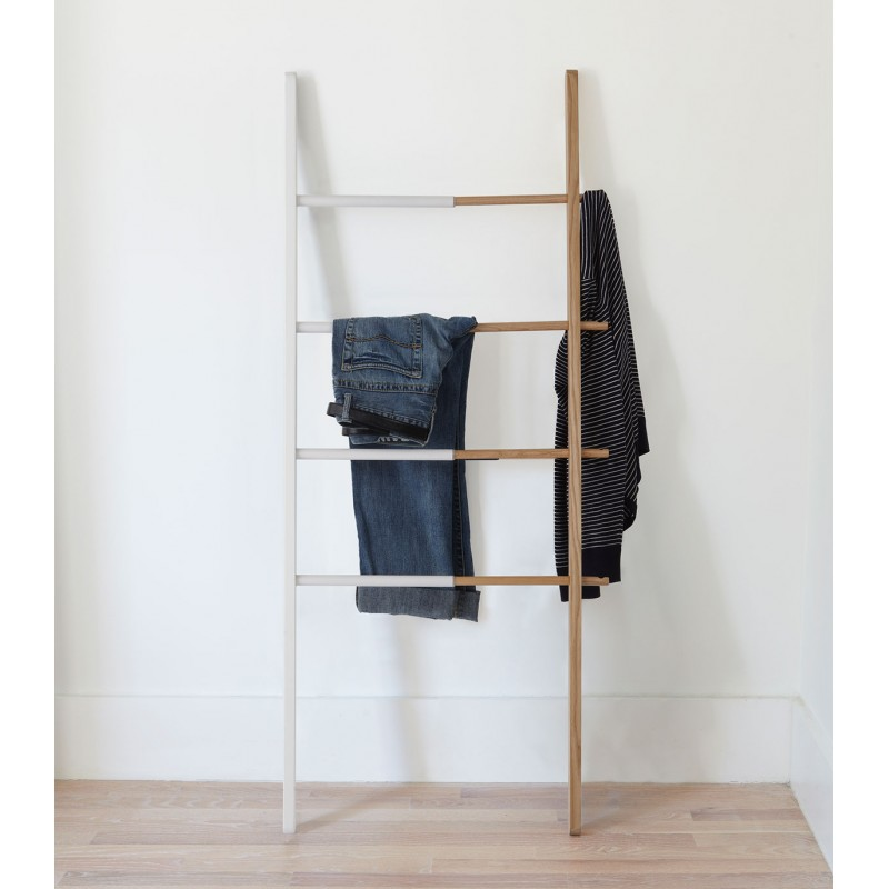 Echelle En Bois Blanche : Ladder Hub by Umbra
