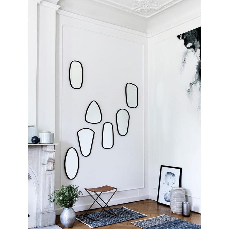 broste copenhagen 7 miroirs cadre noir en m tal. Black Bedroom Furniture Sets. Home Design Ideas