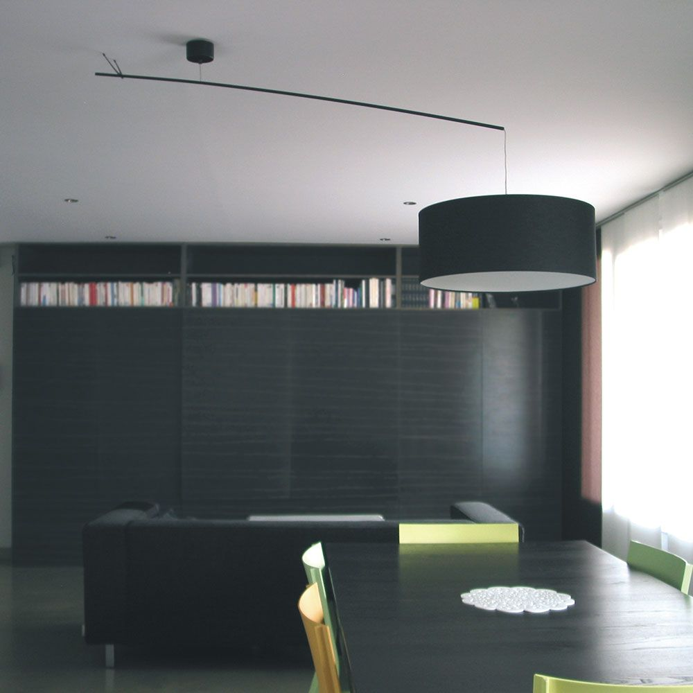 suspension d port e lustre d port design newton. Black Bedroom Furniture Sets. Home Design Ideas