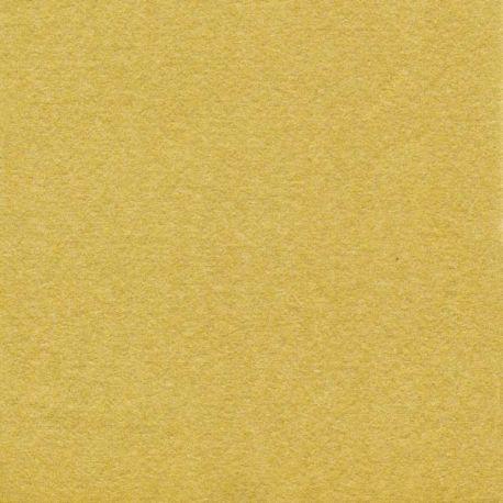 Gold non-woven napkins