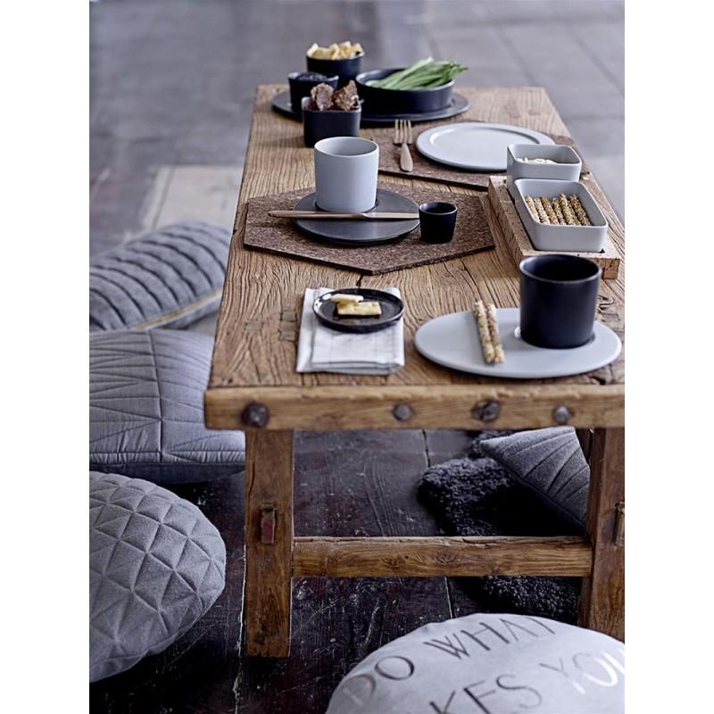 table basse en bois ancien brut bloomingville. Black Bedroom Furniture Sets. Home Design Ideas