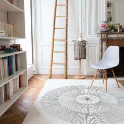 Grey woven rug livingroom