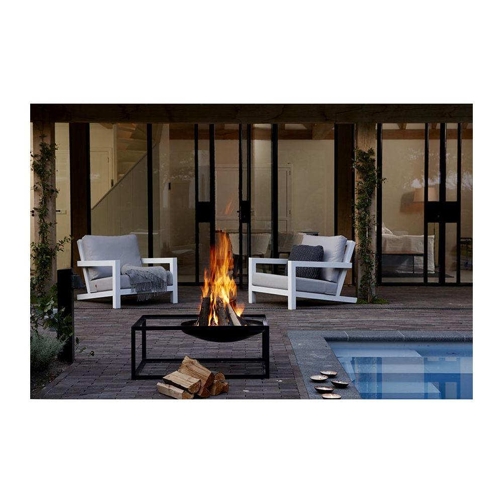 Barbecue brasero design en acier slide par konstantin slawinski for Deco mobilier design