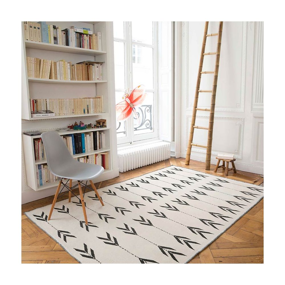 tapis edito tapis en laine blanc et noir apache chez. Black Bedroom Furniture Sets. Home Design Ideas